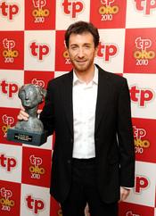 Pablo Motos con su TP de Oro 2010 por 'El Hormiguero'