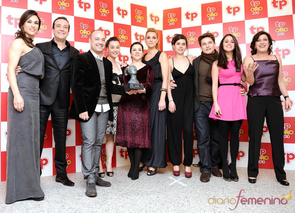 Reparto de 'Amar en tiempos revueltos', TP de Oro 2010 a la 'Mejor telenovela'