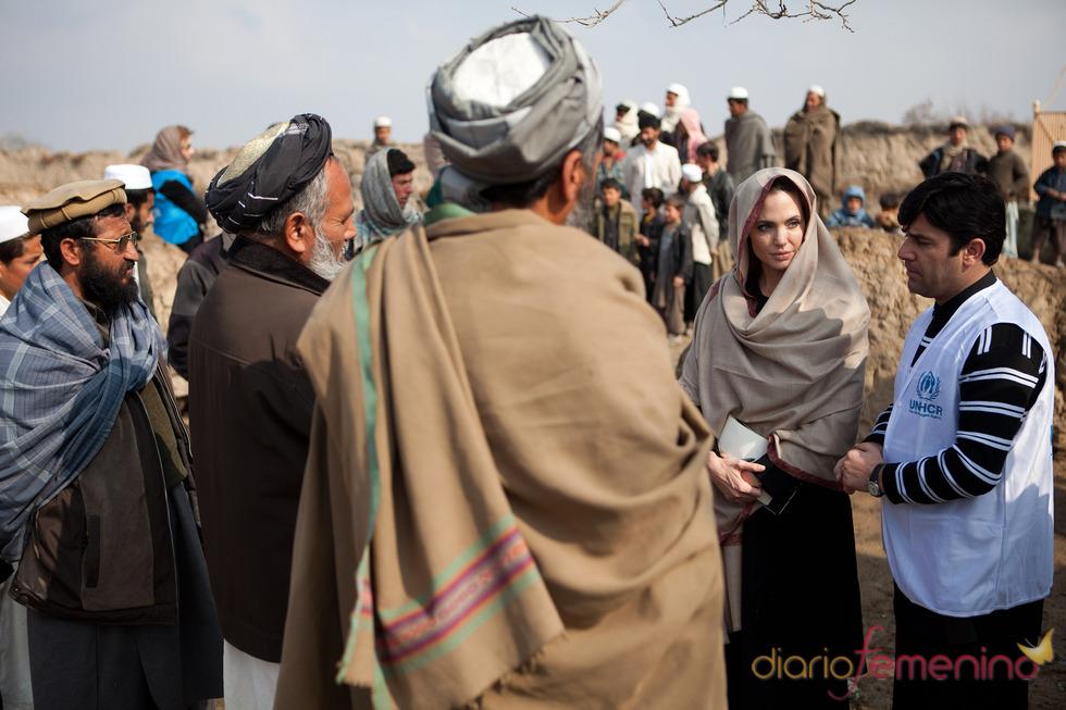 Angelina Jolie, preocupada por los niños de Afganistán