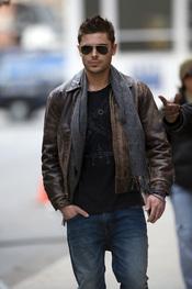 Zac Efron pasea por Nueva York
