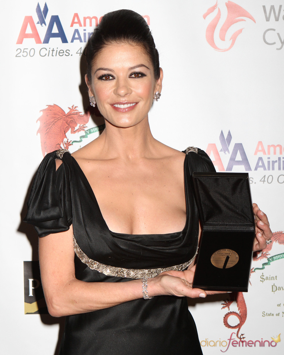 Catherine Zeta-Jones homenajeada por la sociedad St. David