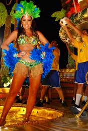 Larissa Riquelme en los Carnavales de Río de Janeiro