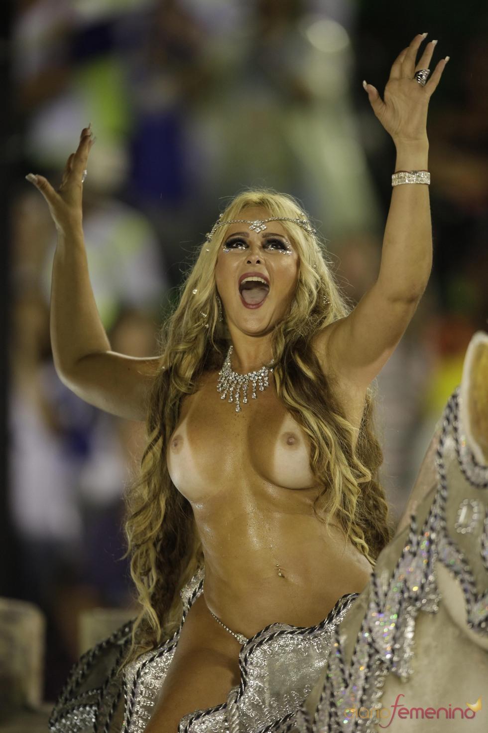 Carnavalera en el Sambódromo de Río de Janeiro