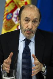 Alfredo Pérez Rubalcaba, con infección de orina