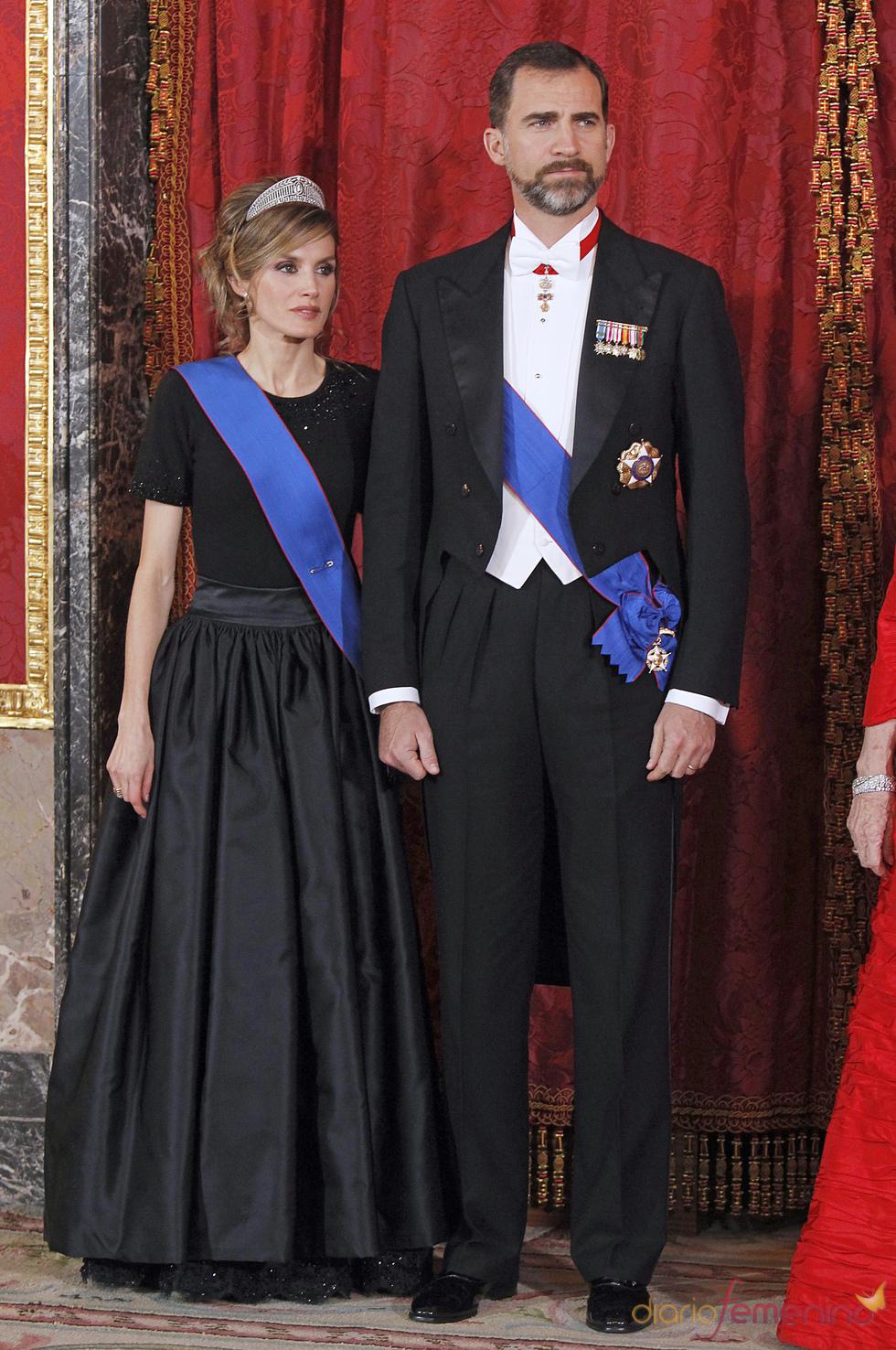 Los Príncipes de Asturias en la cena en honor al Presidente de Chile