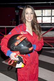 Almudena Cid convertida en un piloto de Fórmula 1
