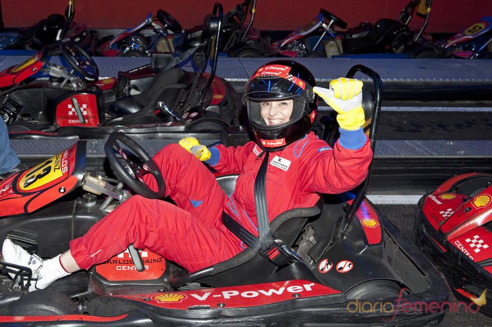 Coral Bistuer, piloto de Fórmula 1 el Día de la Mujer Trabajadora