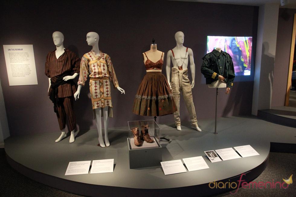 Una exposición en Nueva York presenta la evolución de Vivienne Westwood