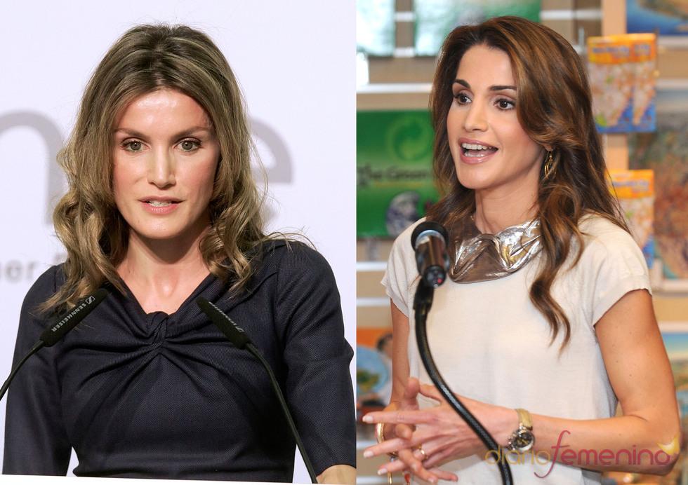 Rania de Jordania y la Princesa Letizia dando un discurso