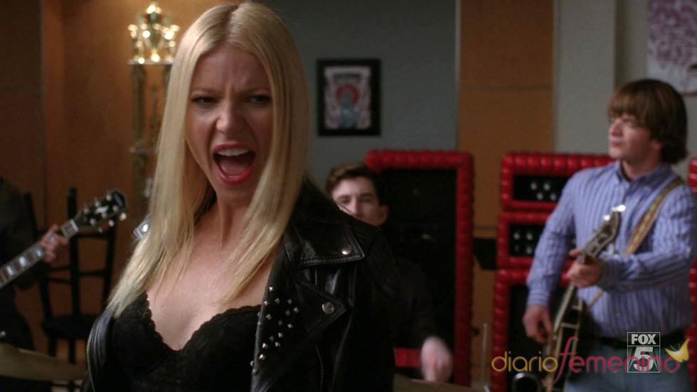 Gwyneth Paltrow de lo más rockera en 'Glee'