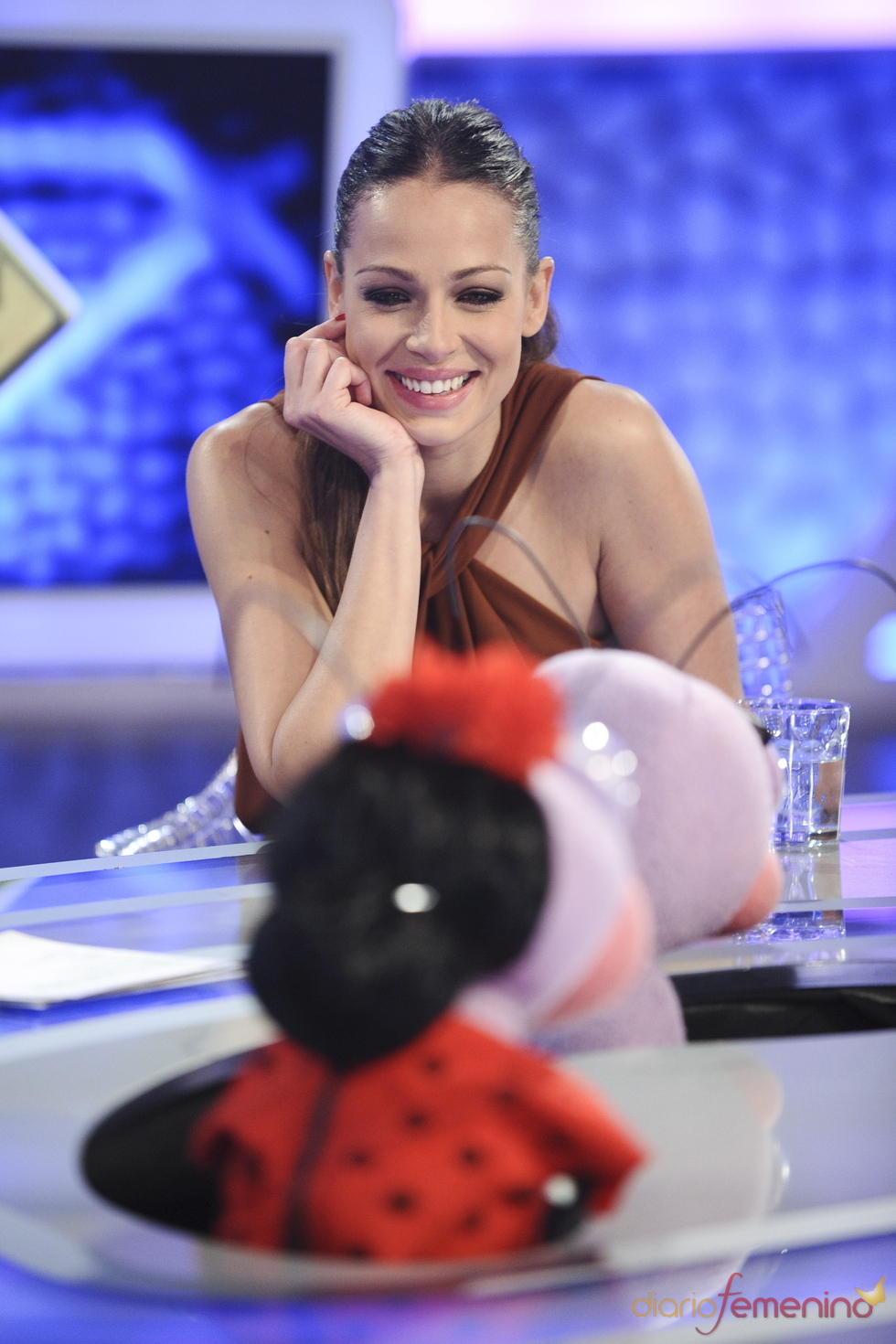 Eva González derrocha dulcura en 'El hormiguero'