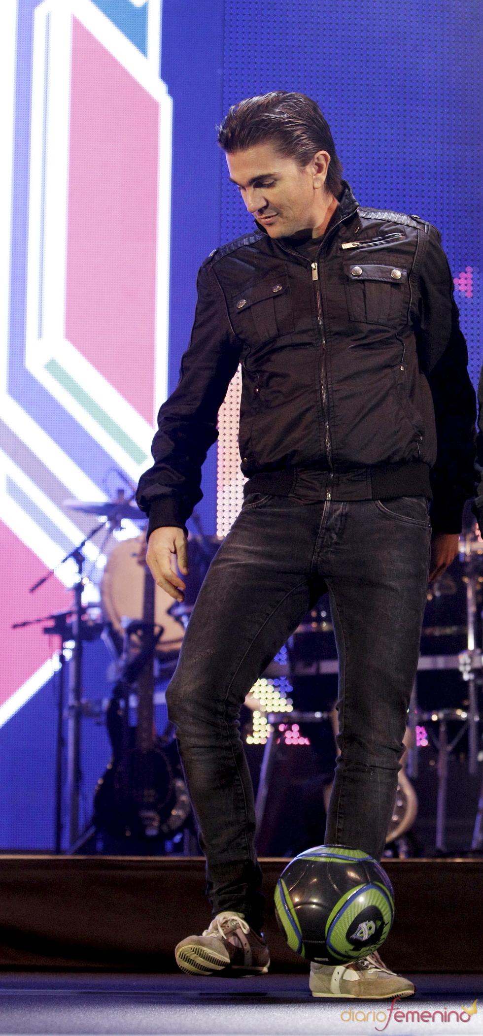 El nuevo 'look' de Juanes en Seattle