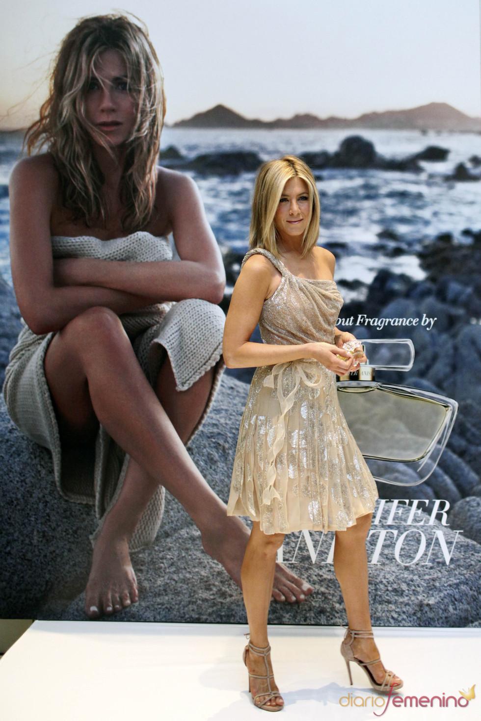 Jennifer Aniston presenta su perfume 'Lolavie'
