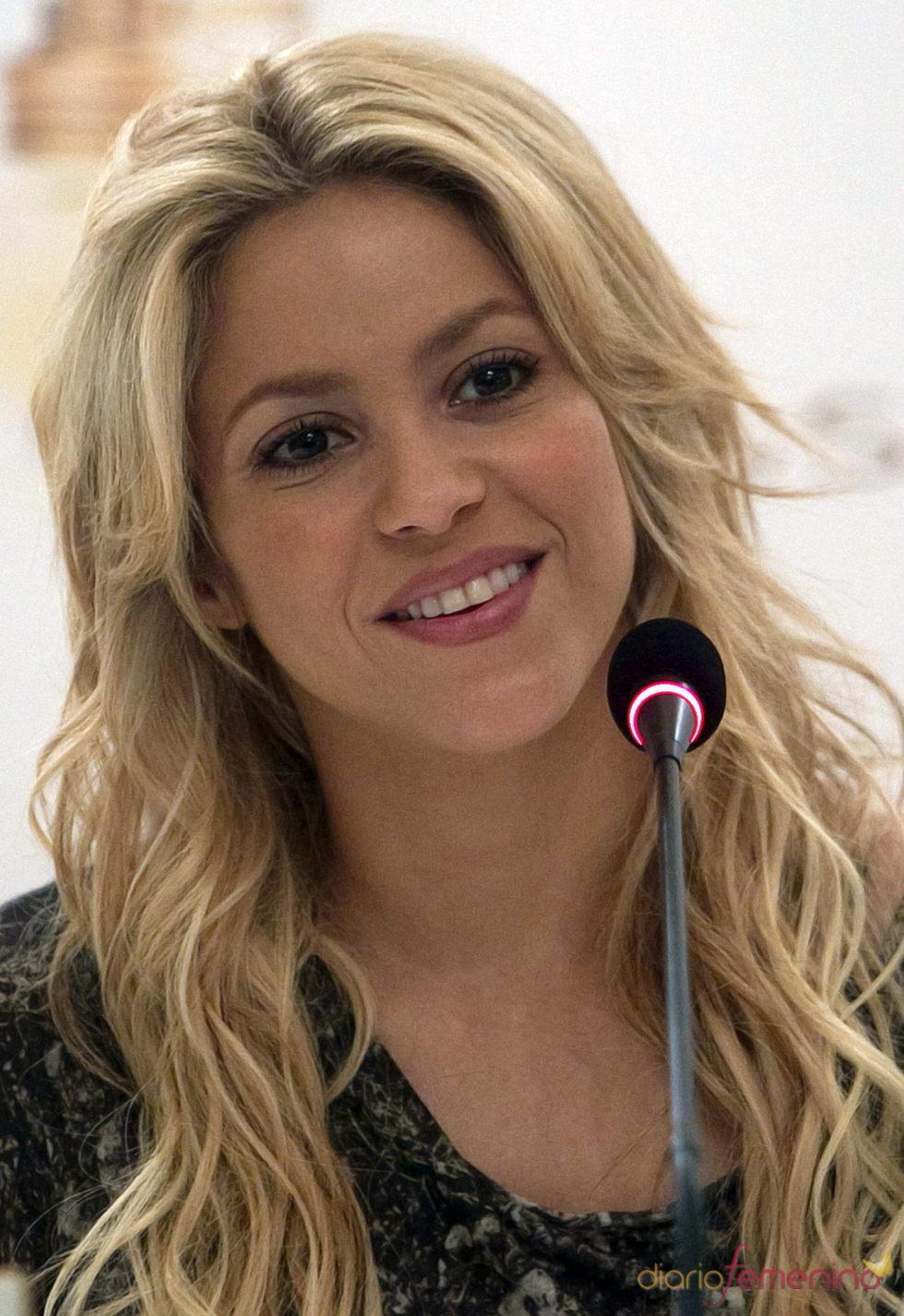 Shakira seduce con sus bailes al público chileno