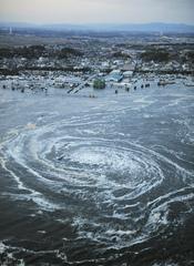 Remolino formado por el tsunami