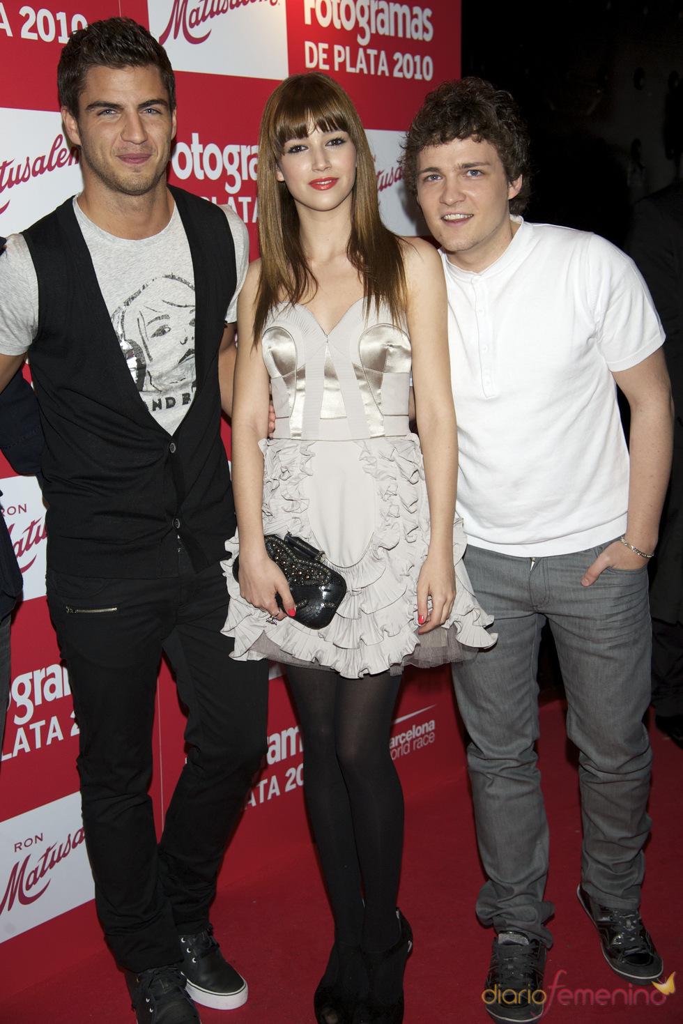 Maxi Iglesias, Úrsula Corbero y Adam Jezierski en los Premios Fotogramas de Plata 2010