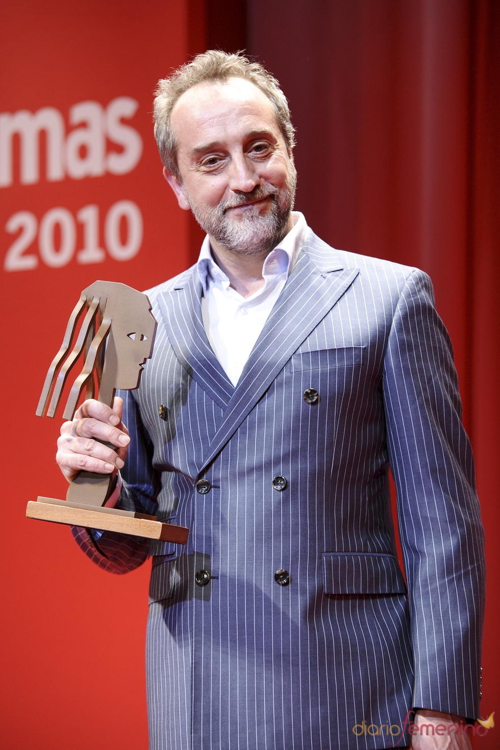 Gonzalo de Castro con su Premios Fotogramas de Plata 2010