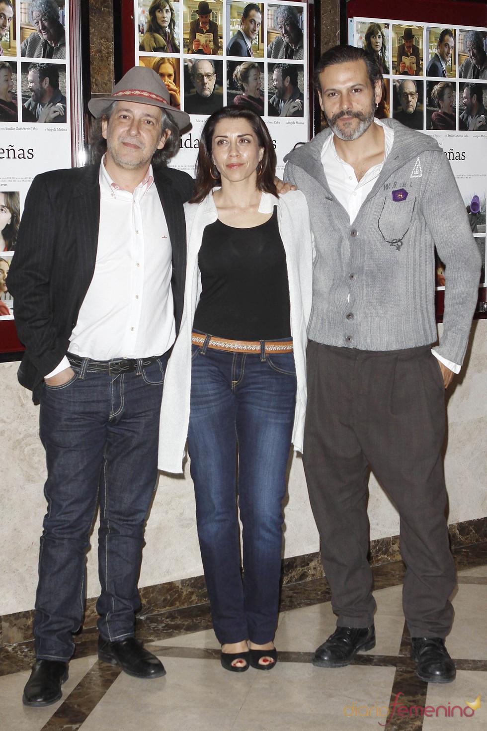 Alicia Borrachero, Roberto Enríquez y Enrique Gabriel presentan 'Vidas pequeñas'