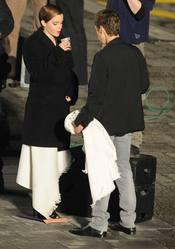 Emma Watson se toma un descanso durante el rodaje de Lancome