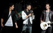 Los Jonas Brothers en el 'Hope Center'