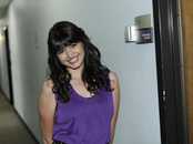 Rebecca Black posó en el show de Jay Leno
