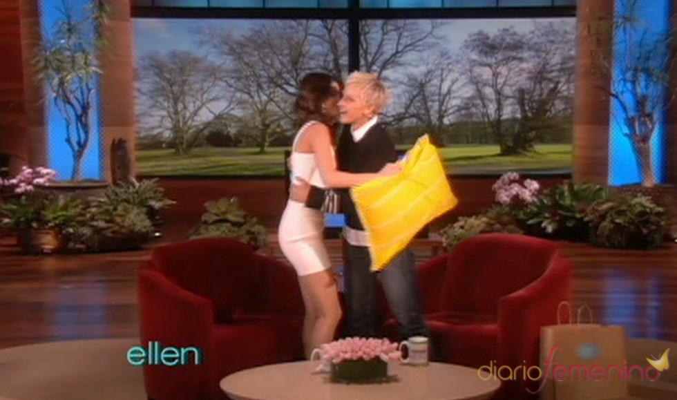 Selena Gomez muy risueña en el 'Show de Ellen DeGeneres'