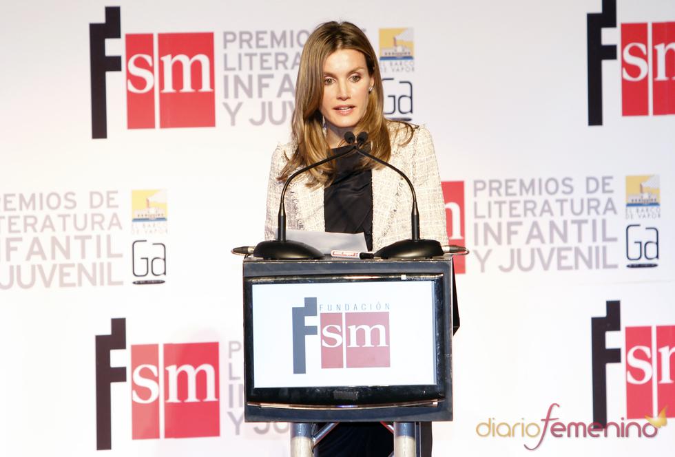 Doña Letizia preside los Premios de Literatura Infantil y Juvenil SM