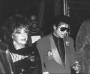 Elisabeth Taylor y Michael Jackson en la década de los 80