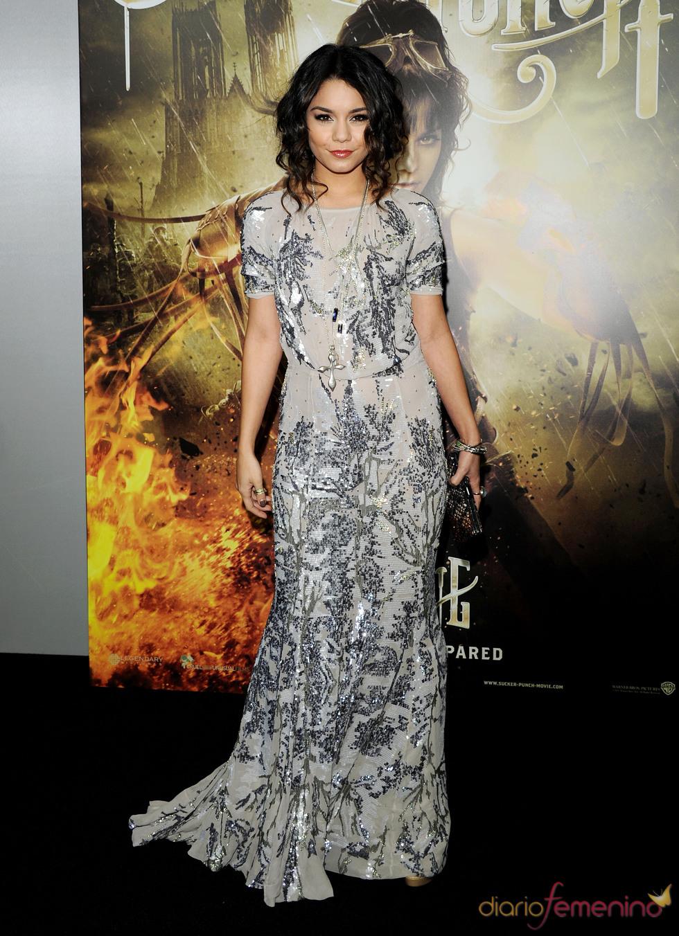 La protagonista Vanessa Hudgens en la premiere de 'Sucker Punch'