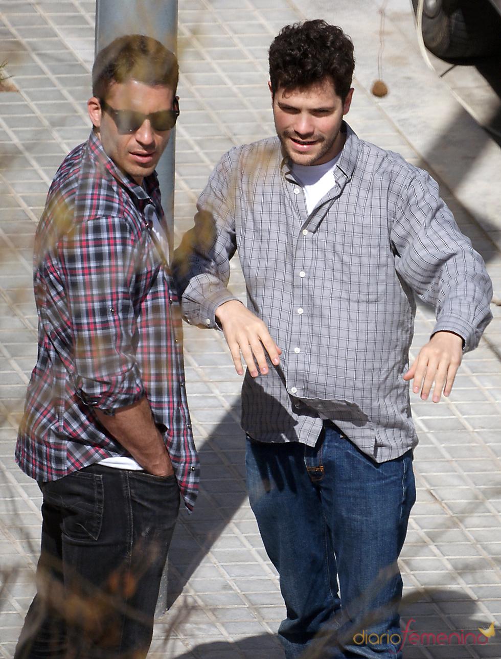 Miguel Ángel Silvestre y Oriol Vila en 'Los Pelayo'