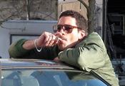 Miguel Ángel Silvestre fumando en 'Los Pelayo'