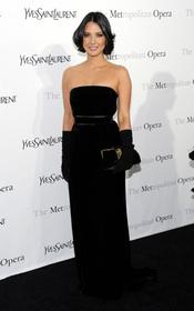 Olivia Munn posa en la premiere 'Le Comte Ory' de Rossini