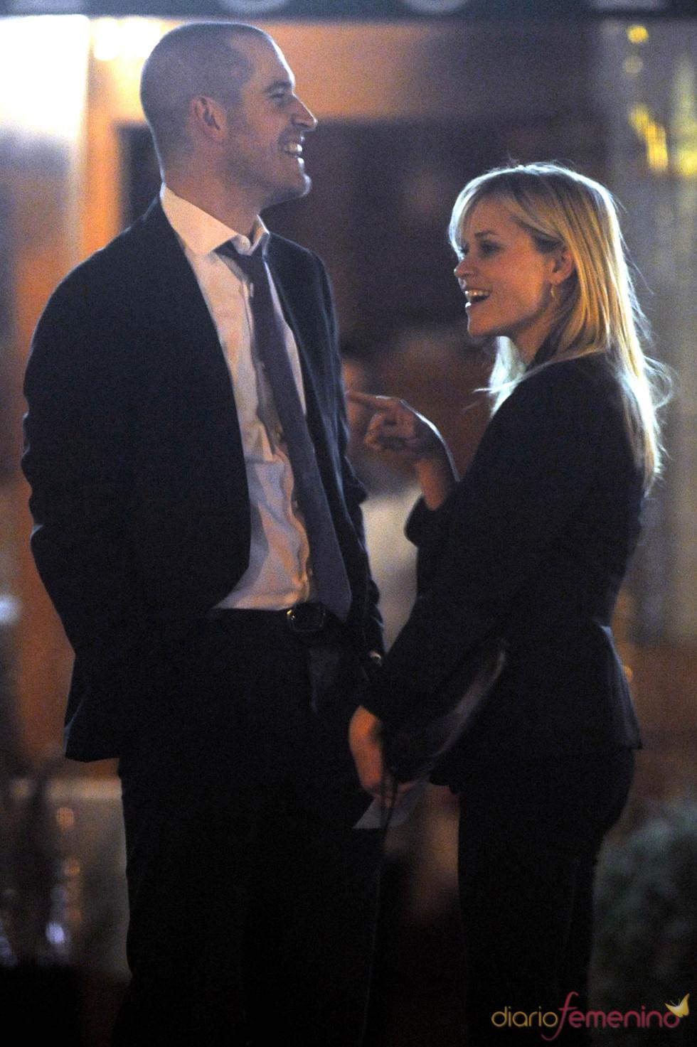 Reese Witherspoon y Jim Toth en Santa Mónica