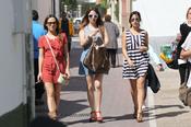 Irene Montala, Blanca Suárez y Giselle Calderon pasean por las calles de Málaga