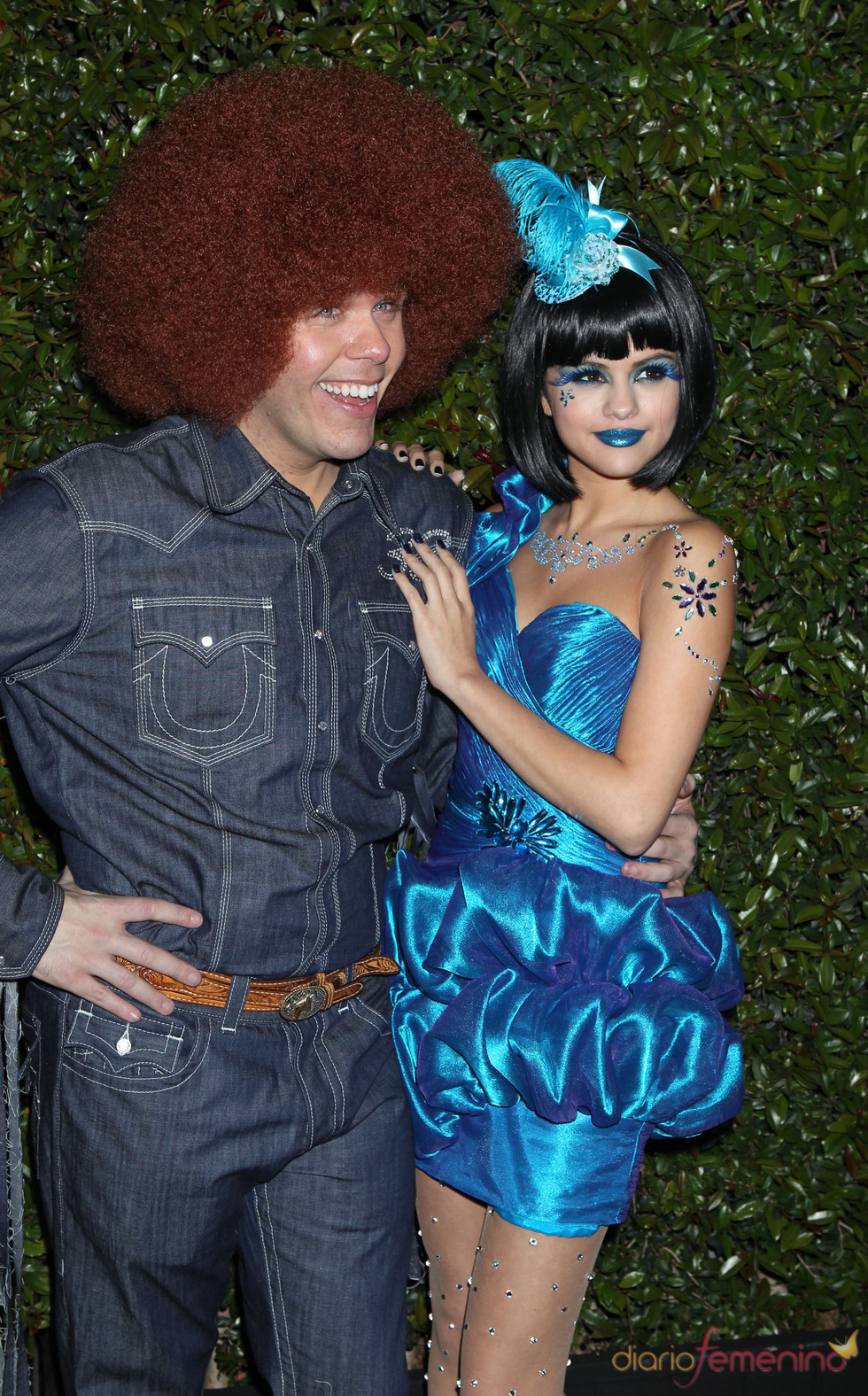 Perez Hilton y Selena Gomez en la Blue Ball Party