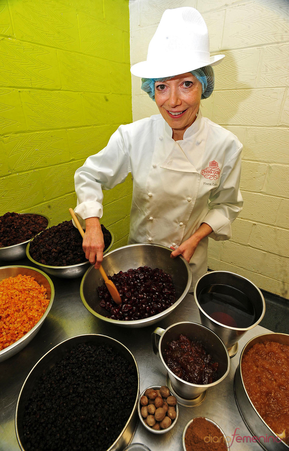 Fiona Cairns, diseñadora de la tarta nupcial de Guillermo de Inglaterra y Kate Middleton