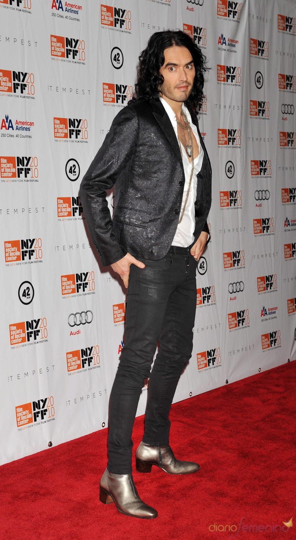 Russell Brand confirma que Noel Gallagher graba su primer disco en solitario