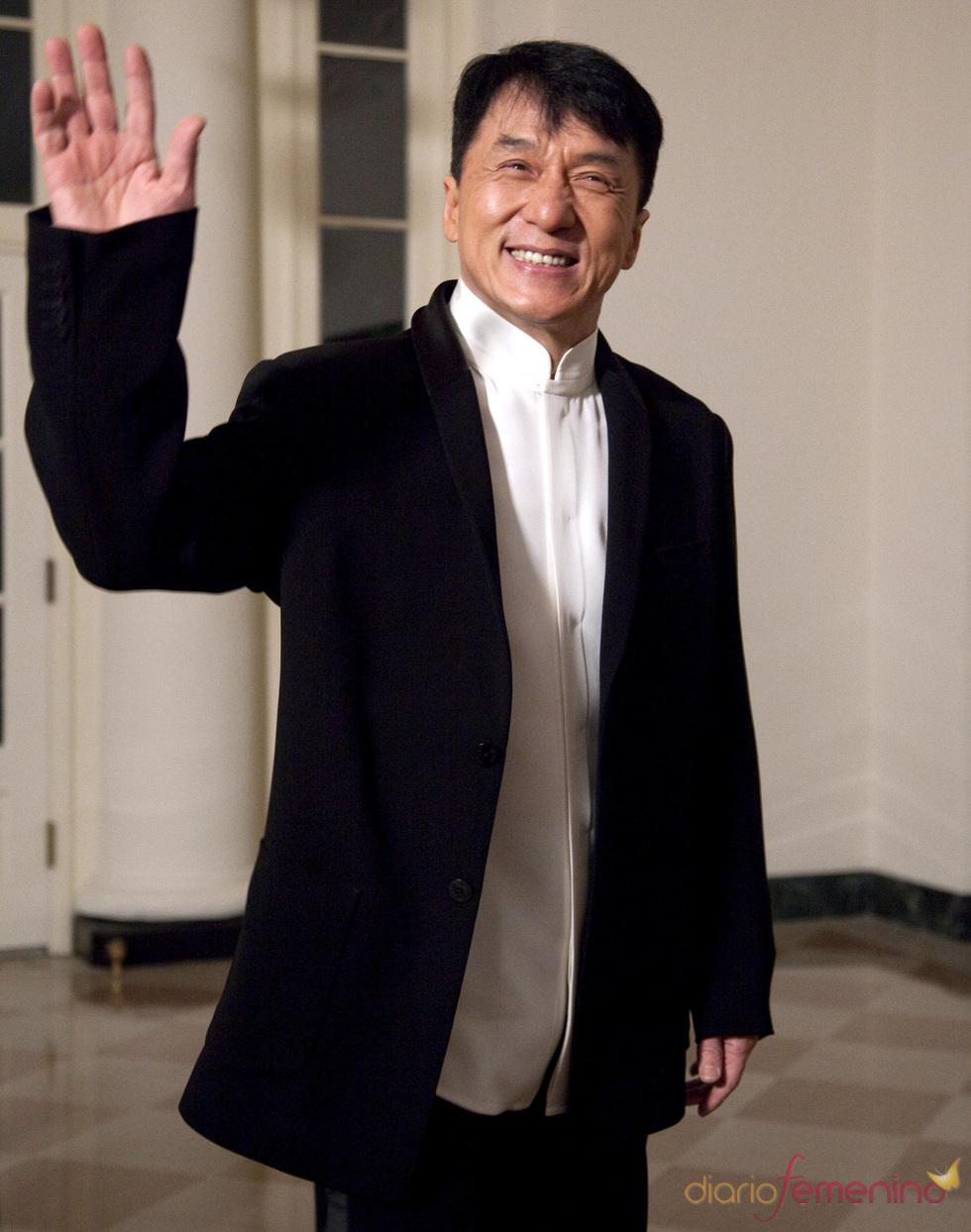 Jackie Chan desmiente su muerte