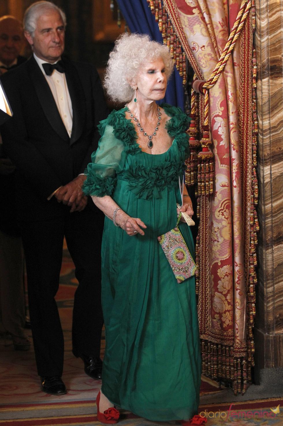 Cayetana de Alba en la cena de gala del Palacio Real