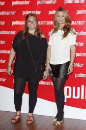 Caritina y Carla Goyanes posan en la fiesta 'Pullmantur'