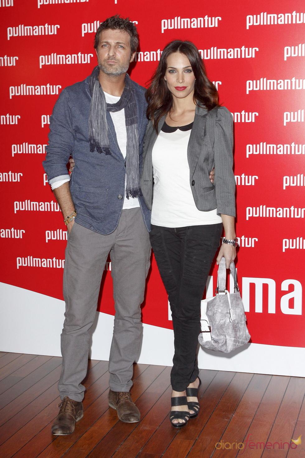 Jesús Olmedo y Nerea Garmendia en la fiesta 'Pullmantur'
