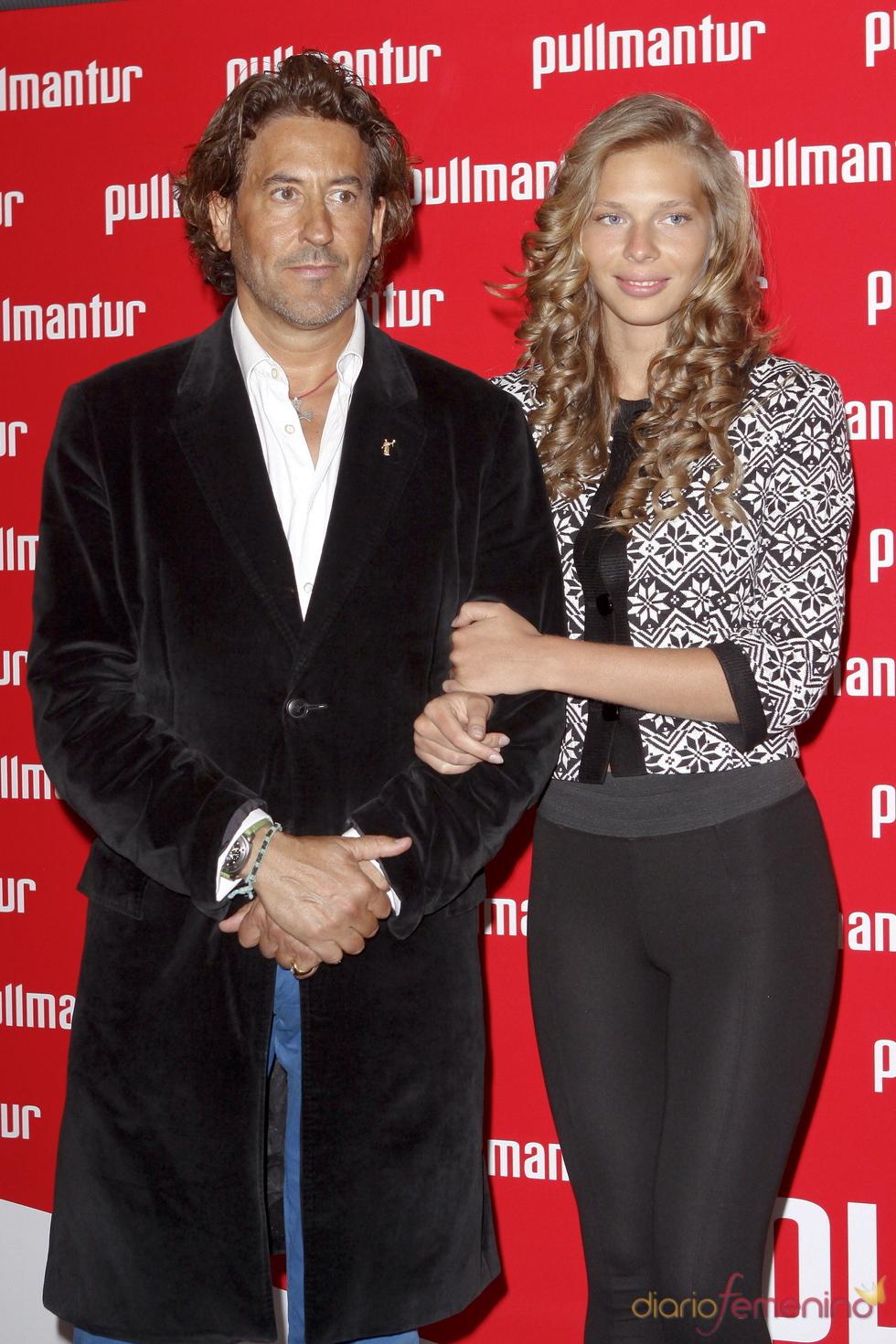 Álvaro de Marichalar y Ekaterina Anikieva en la fiesta 'Pullmantur'