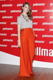 María Valverde posa a su llegada a la fiesta 'Pullmantur'