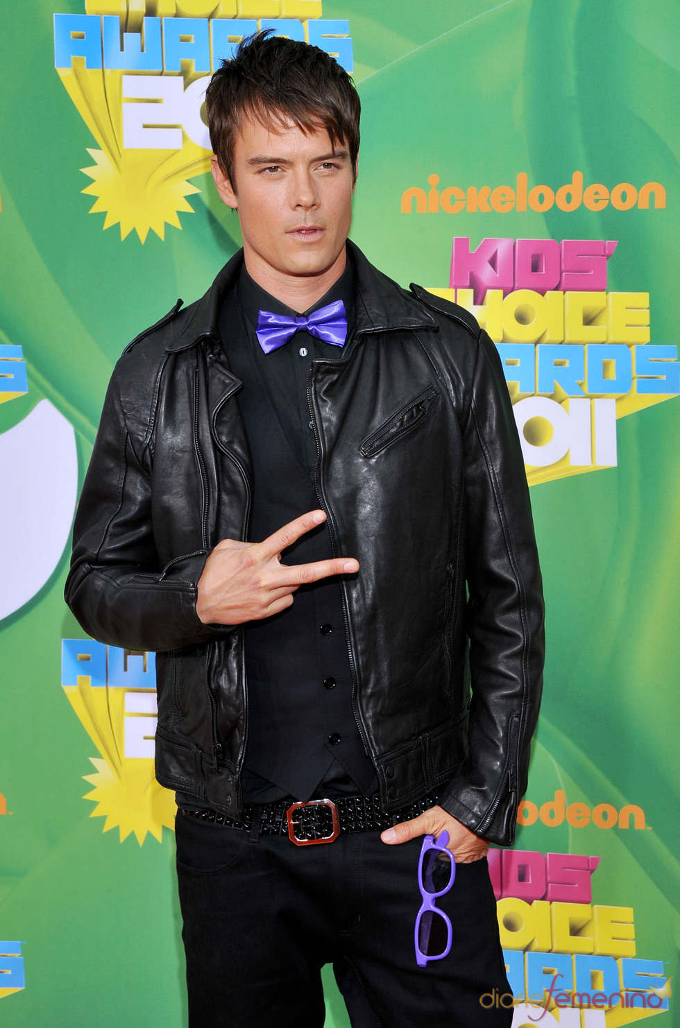 Josh Duhamel en la alfombra roja de los Kids' Choice Awards