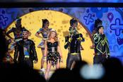 Will.i.am, Fergie, Apl.de.ap y Taboo actúan en los Kids' Choice Awards