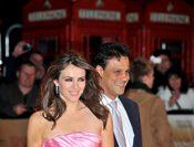 Liz Hurley se divorcia de Arun Nayar