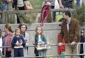 La Reina Sofía, el Príncipe Felipe y las Infantas Leonor y Sofía en el zoo de Madrid