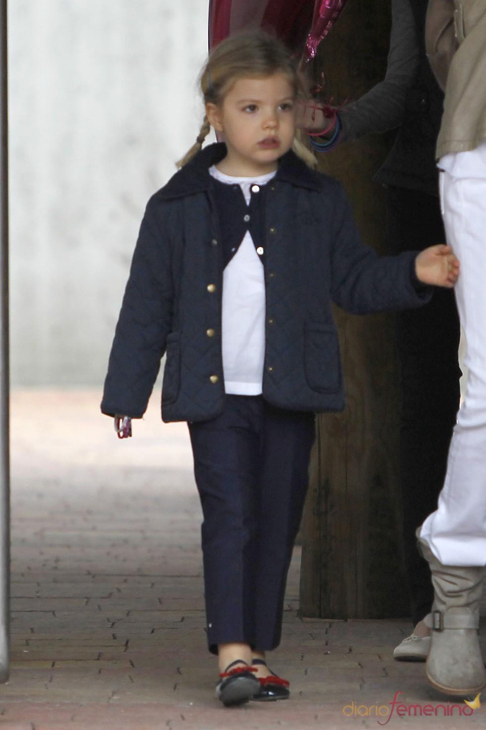 La Infanta Sofía durante su visita al zoo de Madrid