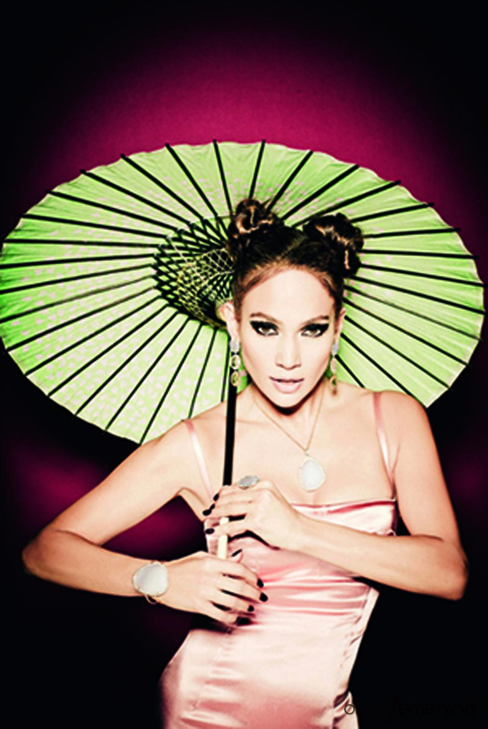 Jennifer López, con look oriental para la campaña 'Oriental' de Tous