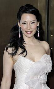 Lucy Liu pide apoyo para el matrimonio homosexual en Nueva York